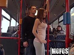 Groß Titten Asiatisch Öffentlich Bus